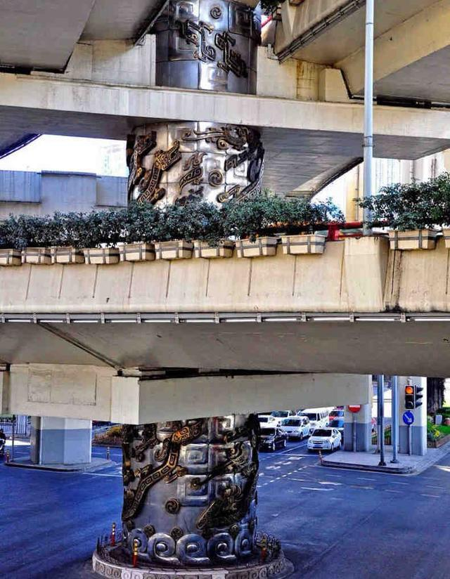 上海延安路龙柱隐含的风水秘事
